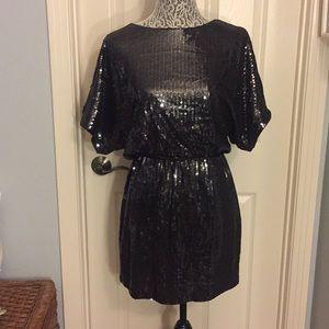 Cache Cold Shoulder Sequins Dress